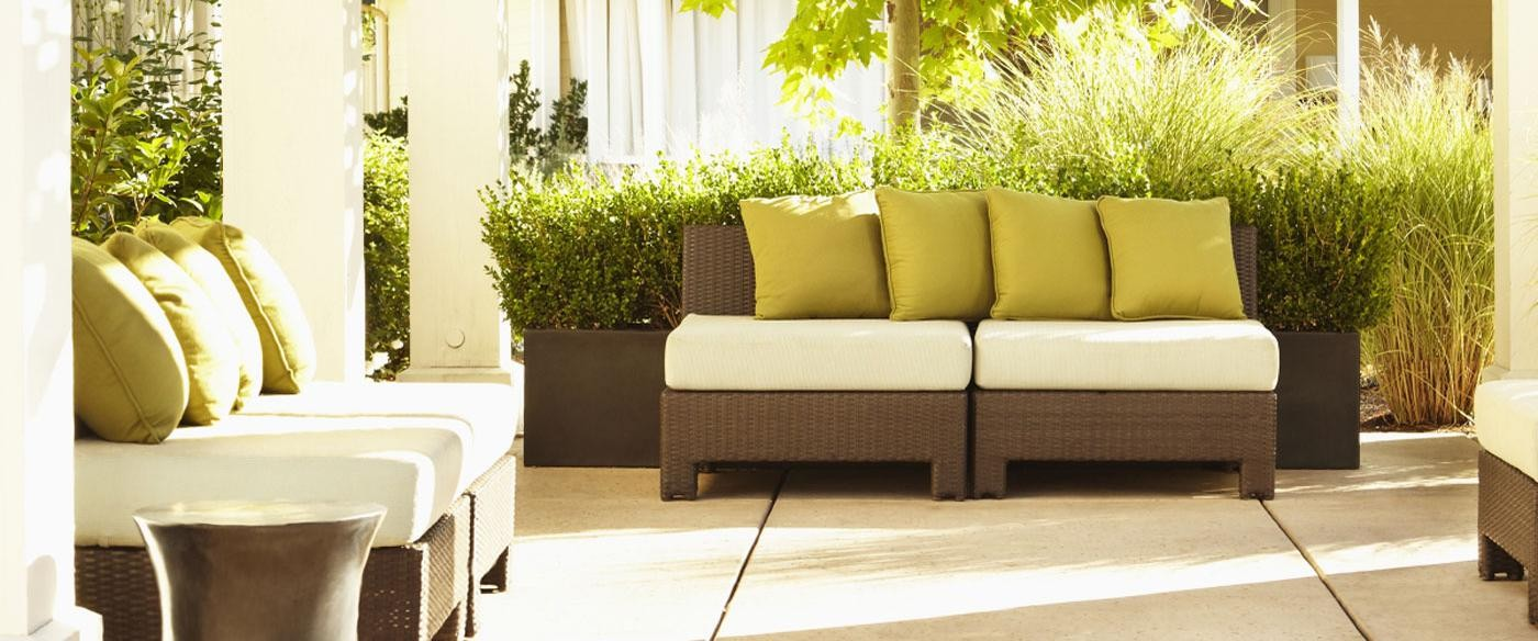 asher terrace with greenery and outdoor social seating - jefferson apartment group