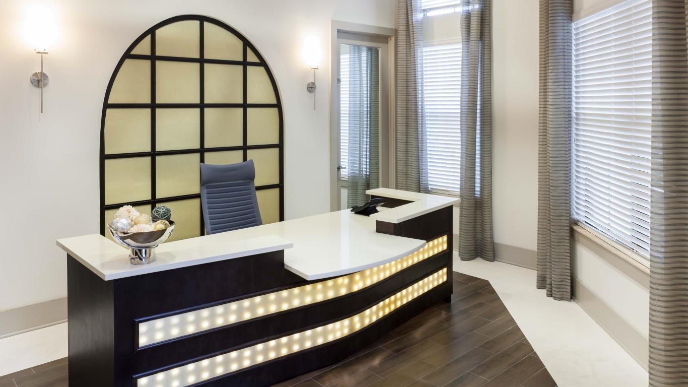 jefferson monterra concierge desk - jefferson apartment group