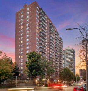 exterior of cityview at longwood at dusk - jefferson apartment group
