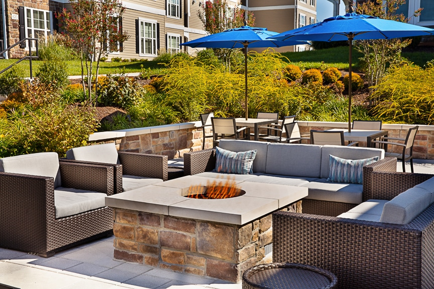 fie pit outdoor lounge seating area jefferson somerset park apartments