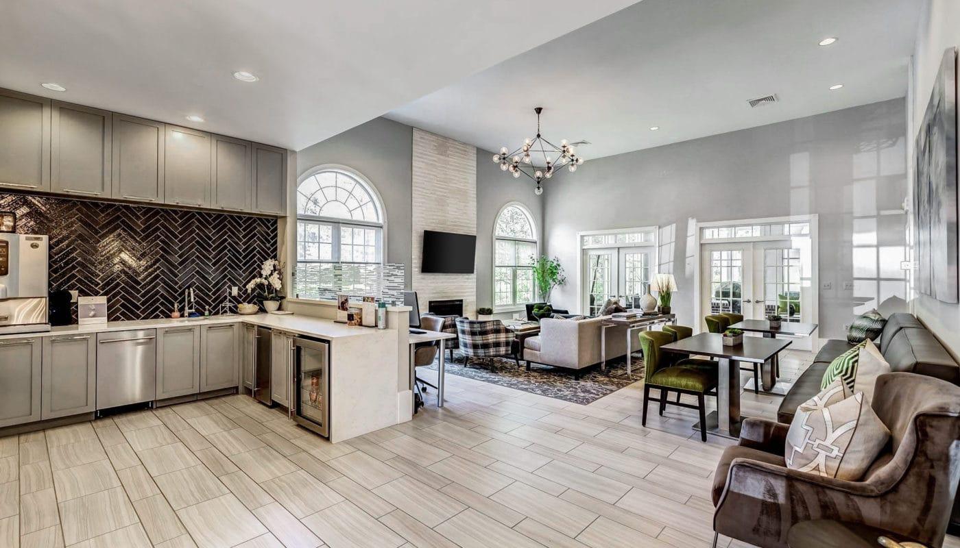 lounge area with kitchen - J Harbor Park reston va apartments